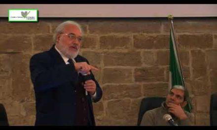 """Intervento Professor Andrea Salvini al #EventoFinaleGIV2017, momento conclusivo del progetto """"Giovani in Volo."""" del C.S.V. Taranto"""