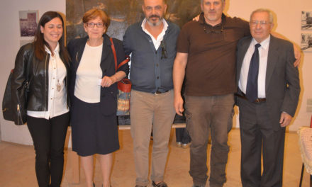 "Associazione ""La 'Ngegna Onlus"" restaura tela rappresentante San Francesco Stigmatizzato"