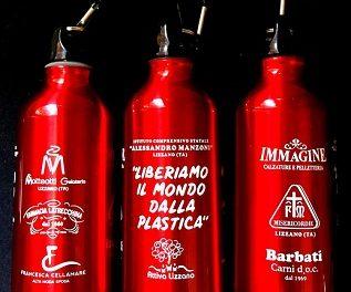 """""""Liberiamo il mondo dalla plastica"""". Un'azione concreta per eliminare lo spreco di plastica"""