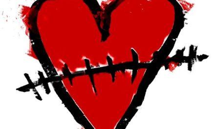 """Per la Giornata Internazionale contro la violenza sulle donne l'Associazione """"Cicatrici"""" si fa in tre"""
