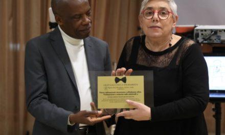 """""""Gran Galà della Solidarietà: 10 anni di missione e oltre…"""". Opera don Bonifacio Azione Verde premia il CSV Taranto"""