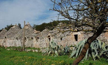 Complesso dei trulli presso l'Oasi WWF Monte Sant'Elia. Parte oggi il restauro conservativo
