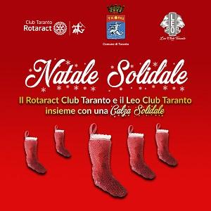 """La """"Calza Solidale"""" del Leo Club e del Rotaract Club di Taranto"""